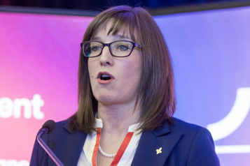 Allégations de harcèlement La ministre Marie-Eve Proulx démissionne)