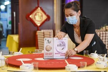 Un restaurant chinois s'excuse d'avoir pesé ses clients)