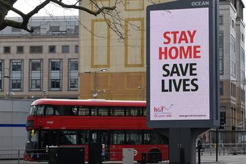 COVID-19: le Royaume-Uni passe la barre des 1000 morts