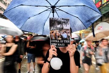 Manifestation monstre à Hong Kong pour la démocratie