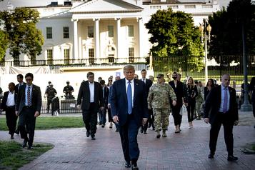 Les menaces de Trump soulèvent des questions)