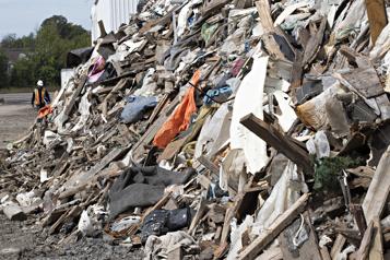 Une commission d'enquête du BAPE sur les déchets ultimes)