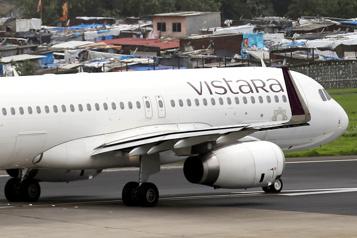 Hong Kong Au moins 53 passagers positifs à la COVID-19 sur un vol arrivant de Delhi)