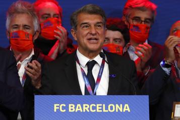 Le FC Barcelone appuie toujours la Super Ligue)