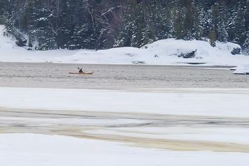Tragédie au Lac-Saint-Jean: les recherches reprendront tôt vendredi