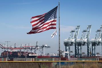 Trump minimise l'impact de la guerre commerciale sur les États-Unis