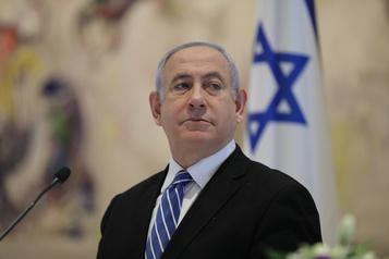 Israël: Nétanyahou agressif à l'ouverture de son procès pour corruption)