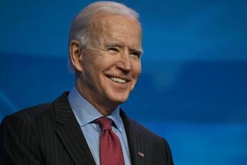 La Bourgogne–Franche-Comté offre du vin à Joe Biden)