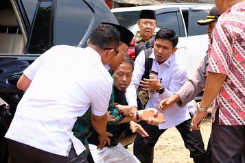 Indonésie: attaque djihadiste sans précédent contre un ministre