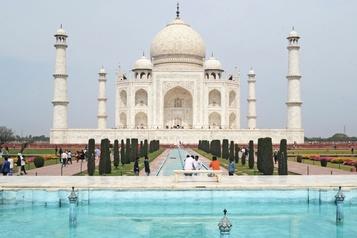 L'Inde ferme tous ses monuments, dont le TajMahal)