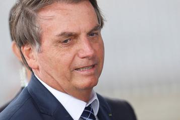 Brésil: Bolsonaro dit qu'il ne parlera plus aux médias