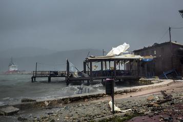 Ouragan en Grèce: deux morts, d'importants dégâts)
