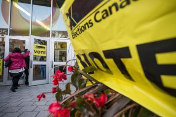 Bond des plaintes liées aux services enfrançais d'Élections Canada