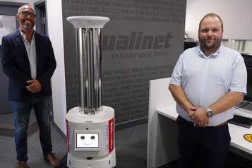 Un robot pour désinfecter les bureaux)