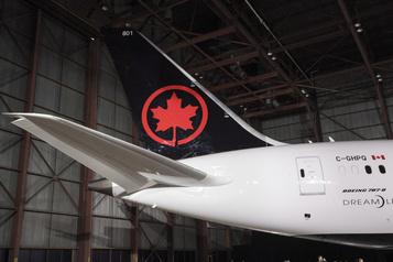 Air Canada en région: des élus dénoncent l'inaction d'Ottawa)