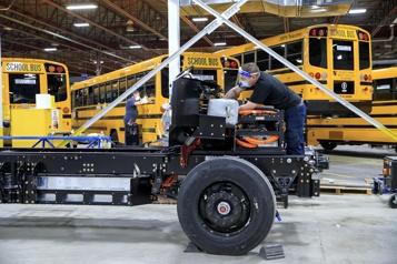 Commande record d'autobus électriques pour Lion Électrique )