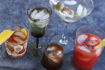 Covid-19: des alcools forts pour sedésinfecter les mains?