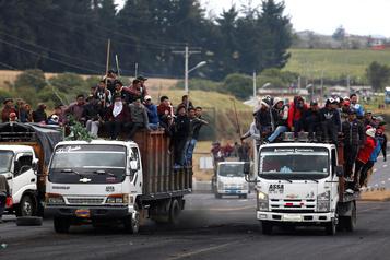 Équateur: des indigènes marchent sur Quito contre la hausse des carburants