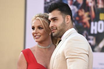 Britney Spears fiancée à son petit ami Sam Asghari)