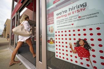 Les demandes de chômage en baisse, mais supérieur aux attentes aux É.-U.)