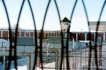 Le déconfinement suscite des craintes de violence dans les pénitenciers )
