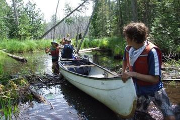 L'Association des camps du Québec garde espoir pour cet été)