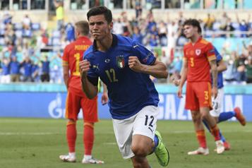Euro L'Italiegagne son groupe, le pays de Galles qualifié malgré sa défaite)