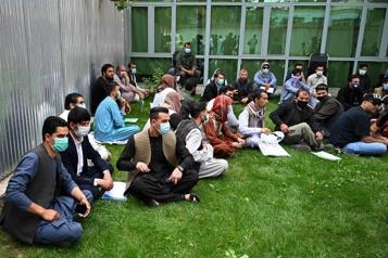 Des interprètes afghans demandent à Ottawa d'agir)