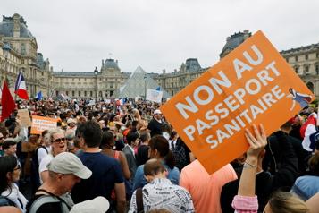 Nouvelle manifestation contre le passeport sanitaire samedi à Paris)
