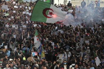 Algérie Le pouvoir hausse le ton contre les manifestants du Hirak)