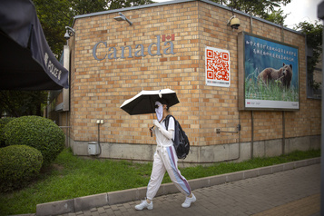 Canada-Chine Réactions au texte «Insister sur le respect mutuel»)