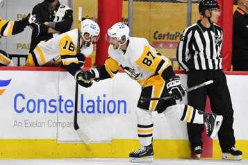 Un doublé pour Sidney Crosby dans un gain des Penguins)