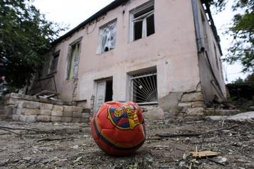 Conflit au Nagorny Karabakh Arménie et Azerbaïdjan s'engagent à nouveau sur un «cessez-le-feu humanitaire»)