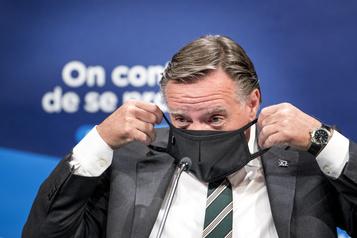 Québec confirme que le masque sera obligatoire dans les lieux publics intérieurs)