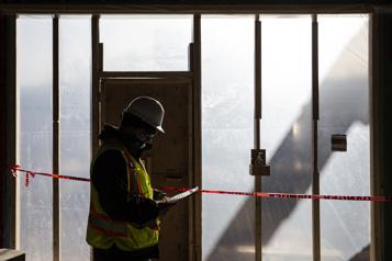 Santé et sécurité du travail  Québec veut dépoussiérer le régime)