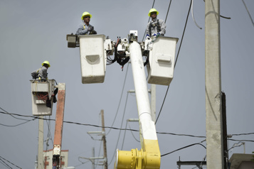 Cyberattaque et incendie à Porto Rico Des milliers de personnes sont privées d'électricité)