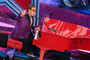 Un concert bénéfice animé par Elton John sur VRAK