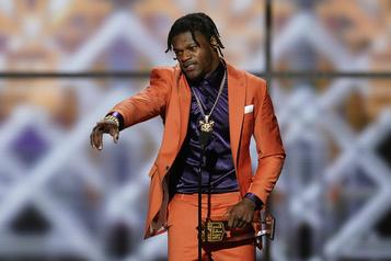 Lamar Jackson tiendra son évènement annuel en Floride)