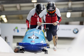 Mondiaux de bobsleigh: Kaillie Humphries en tête