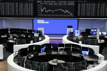Les marchés mondiaux restent prudents face aux craintes d'inflation)