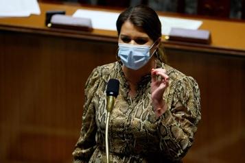 Projet de loi sur les séparatismes France : les certificats de virginité objet de débats au parlement)