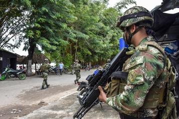 Venezuela Deux journalistes arrêtés dans la zone des combats à la frontière colombienne)