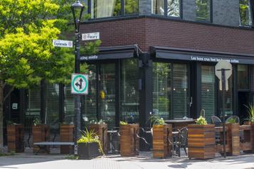 Redécouvrir Montréal Ahuntsic : revenir dans le quartier desonenfance)