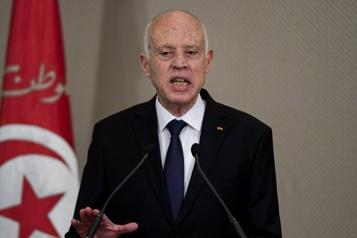 Tunisie Le président Kais Saied renforce ses pouvoirs)