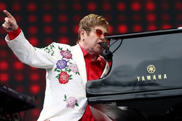 Elton John reviendra à Montréal en 2022)