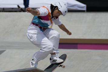 Skateboard féminin Le monde des ados a bien débarqué aux JO)