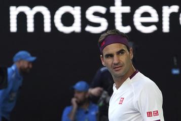 Roger Federer sauve sept balles de match
