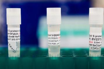 COVID-19 Cent millions de doses de vaccins en plus pour les pays pauvres)