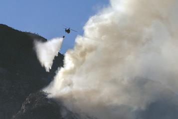 Afrique du Sud L'incendie du Cap largement maîtrisé)