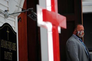 Trump souhaite l'ouverture des lieux de culte)